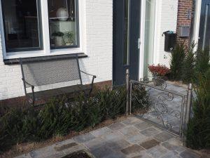 Hoveniersbedrijf legt stadstuintje in Harderwijk aan