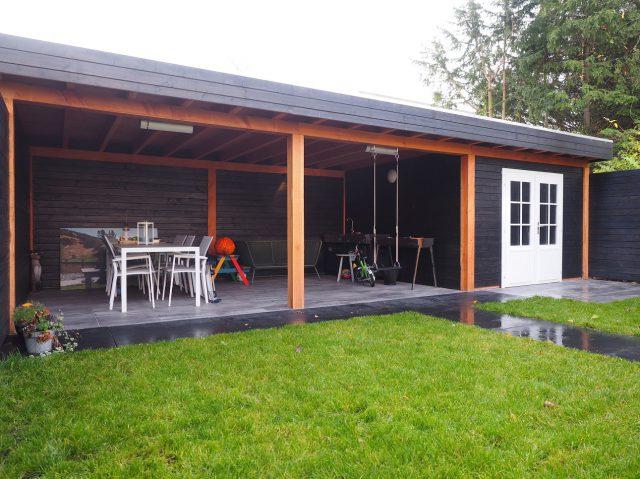 Tuinaanleg met veranda in Almere