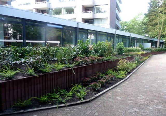 Aanleg grondkering voor verbreding vijf terrassen