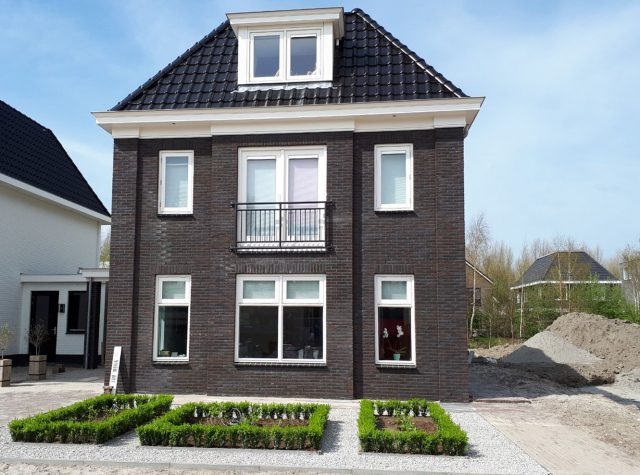 Strakke tuin in Almere